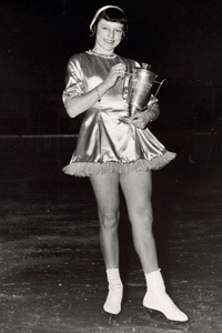 Sonya Klopfer was just 15 in 1951 when she won her national title, but earned 2 world medals and a 4th place finish at the Olympics before her 17th birthday. She later coached Olympic medalists Dorothy Hamill and Elizabeth Manley.